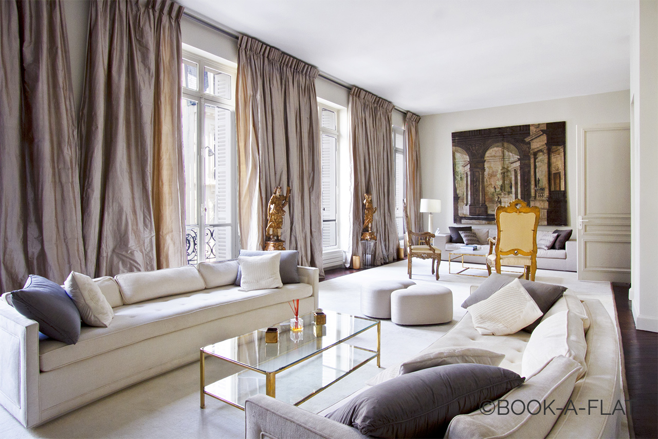location appartement meubl de 450 m2 rue newton paris. Black Bedroom Furniture Sets. Home Design Ideas