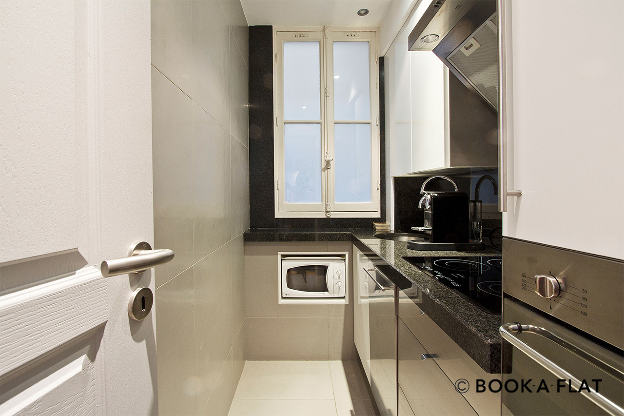 Apartment Paris Rue de Chaillot 6