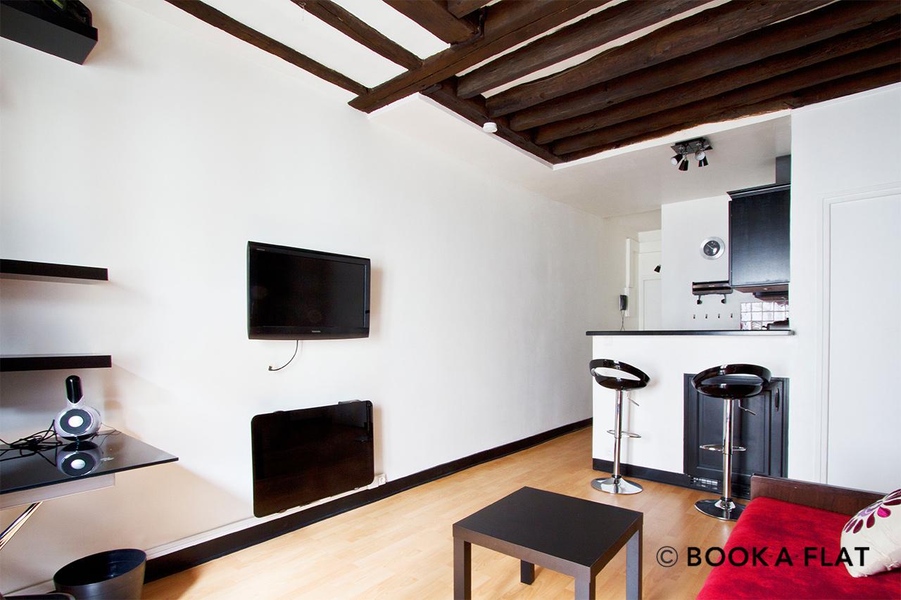 location studio meubl rue du faubourg du temple paris ref 5279. Black Bedroom Furniture Sets. Home Design Ideas