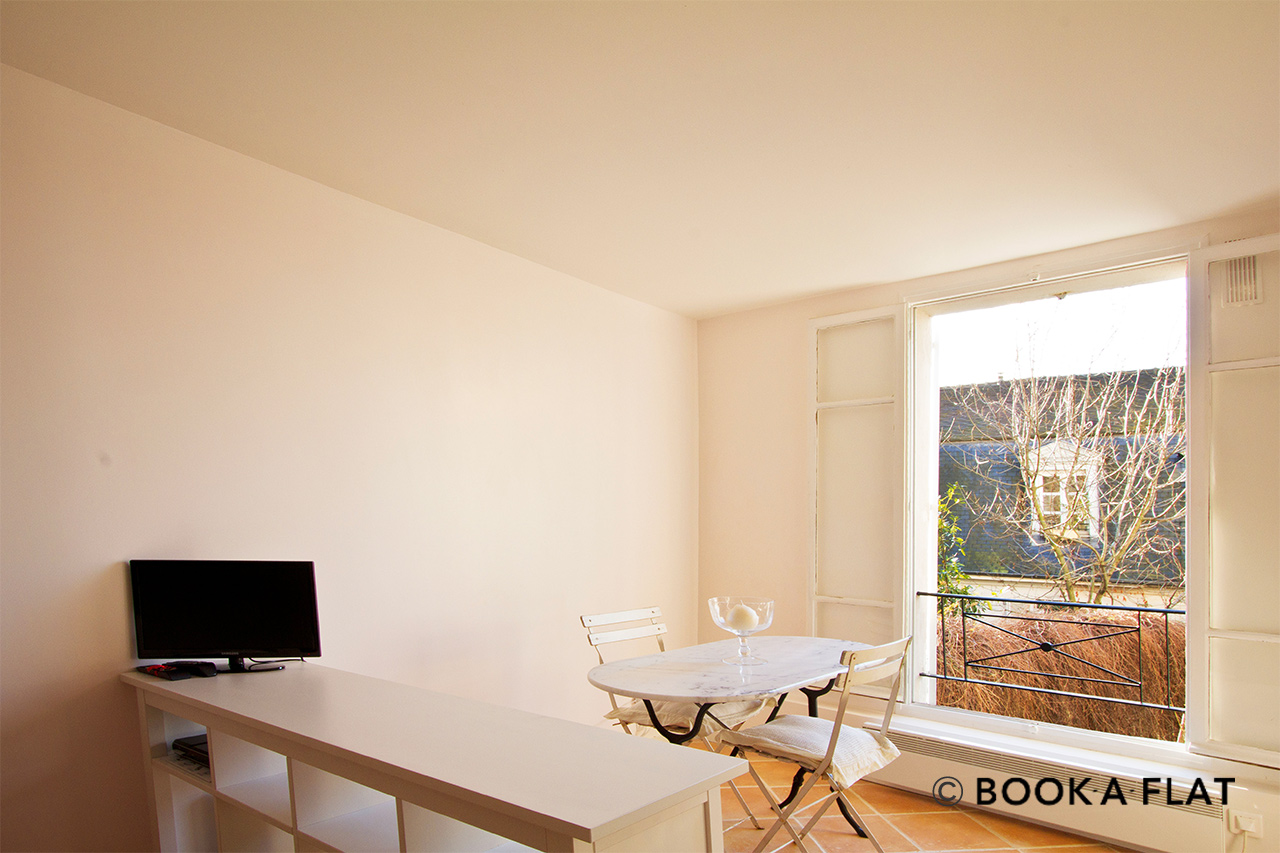 Appartement Paris Rue Gabrielle 2