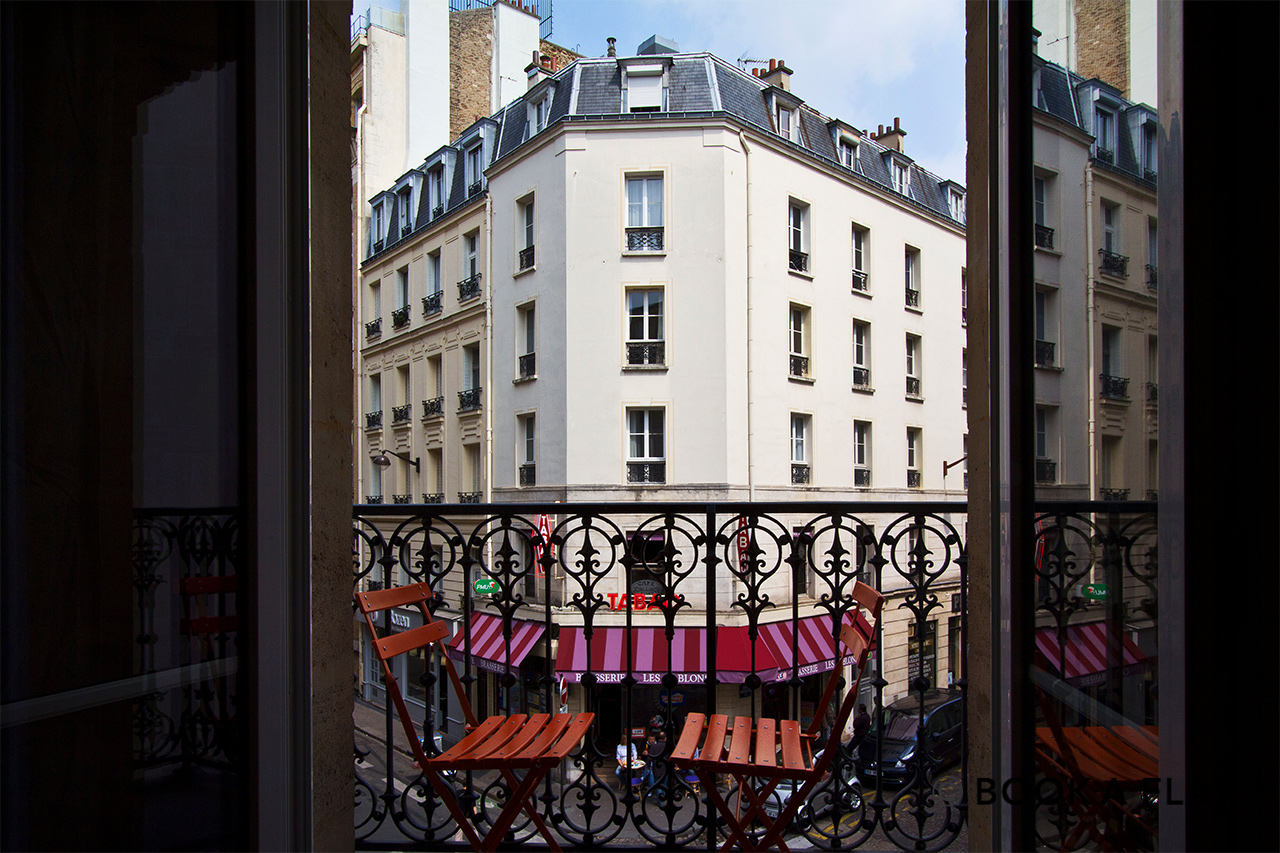 Appartement Paris Rue Greuze 9