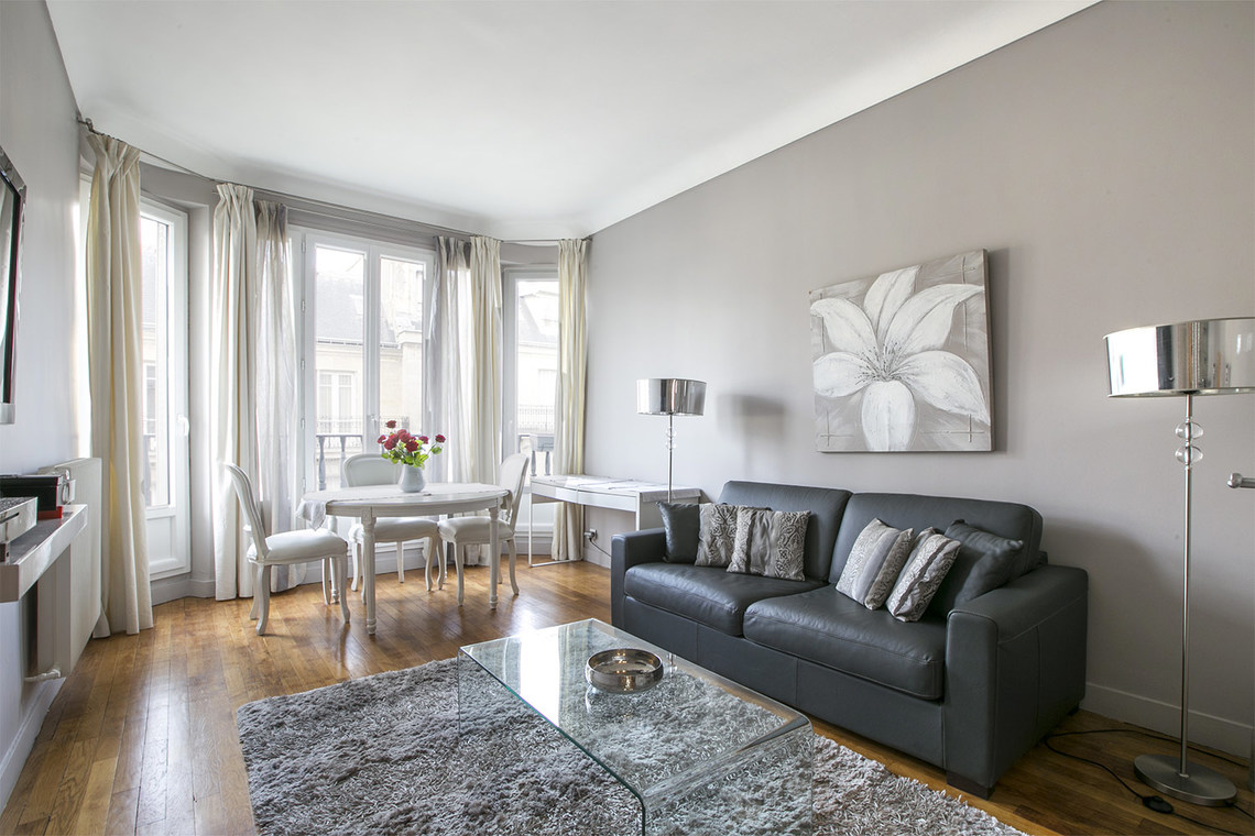 Furnished apartment for rent Paris Avenue Bugeaud