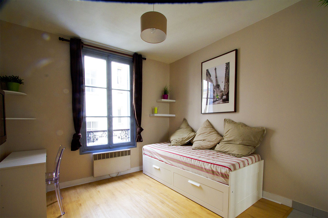 Furnished apartment for rent Paris Rue Brey