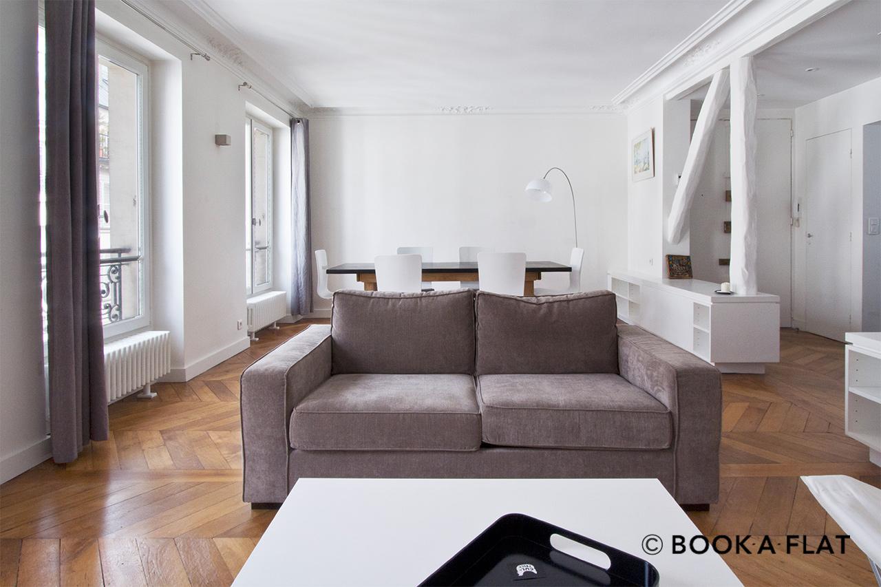 Location appartement meubl rue de douai paris ref 5598 for Location de meuble paris