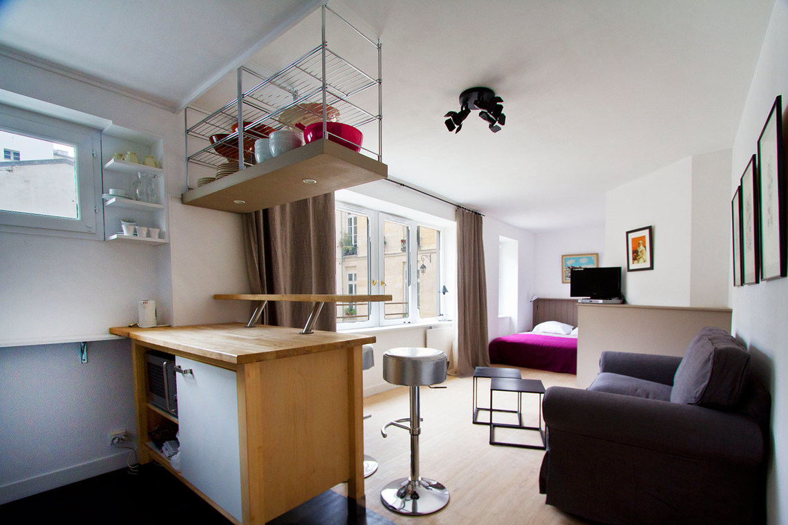 Paris Rue de Beauce Apartment for rent