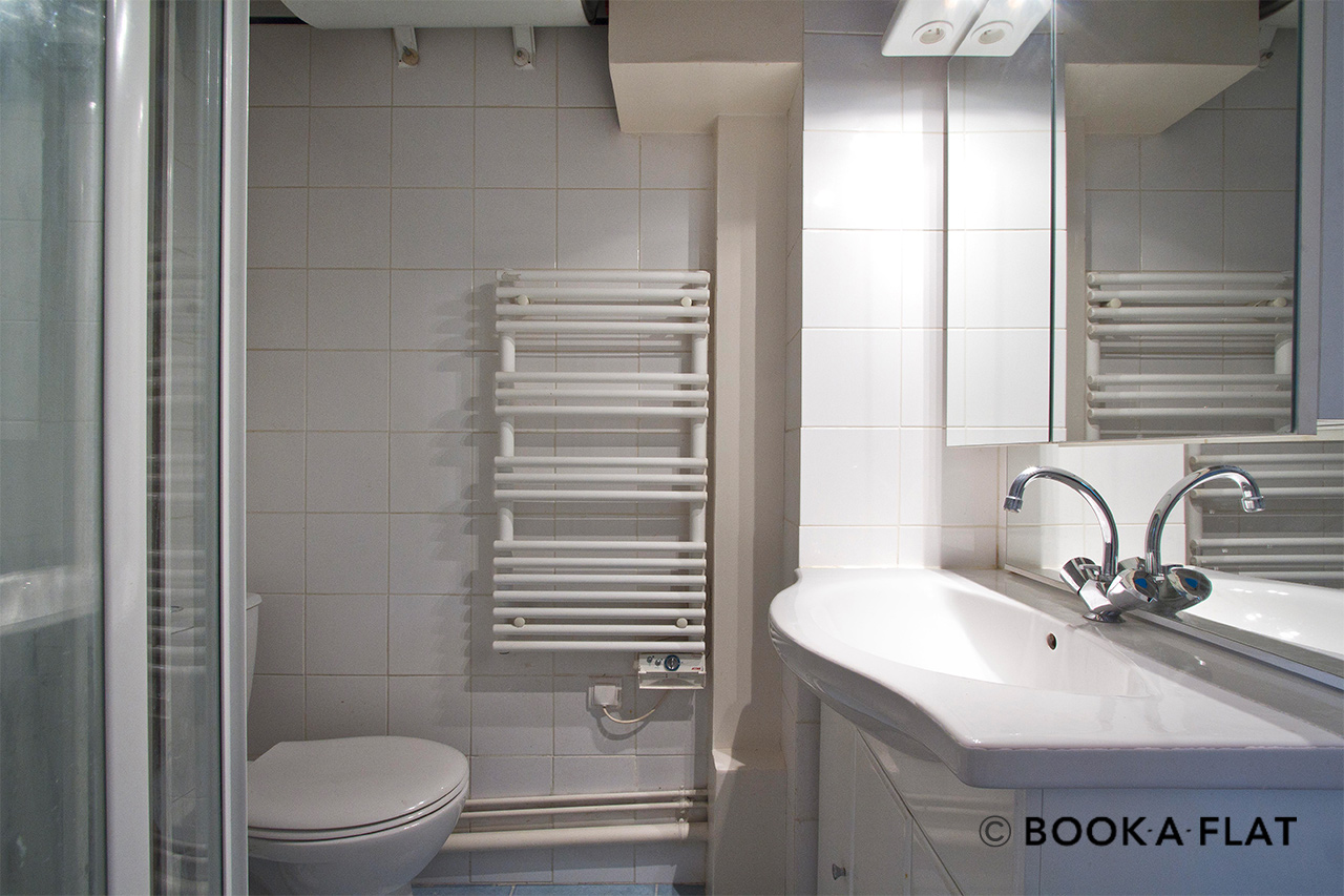Apartment Paris Rue Dombasle 11