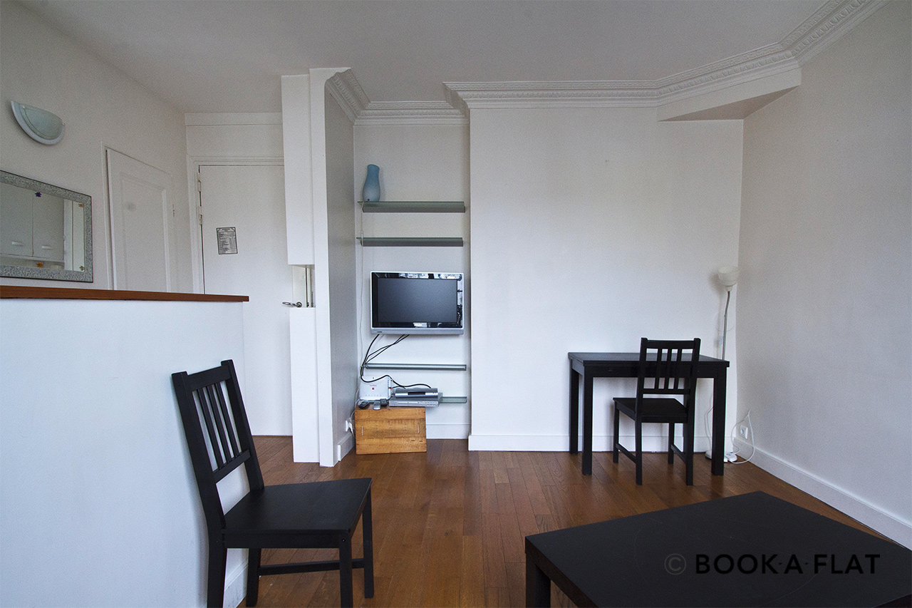 Apartment Paris Rue Dombasle 6