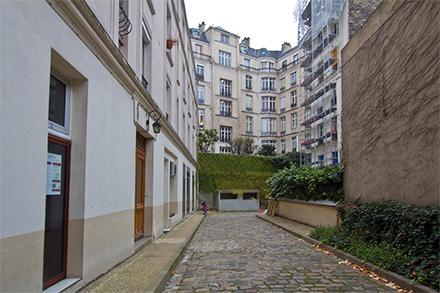 apartment for rent rue des acacias paris ref 5888. Black Bedroom Furniture Sets. Home Design Ideas
