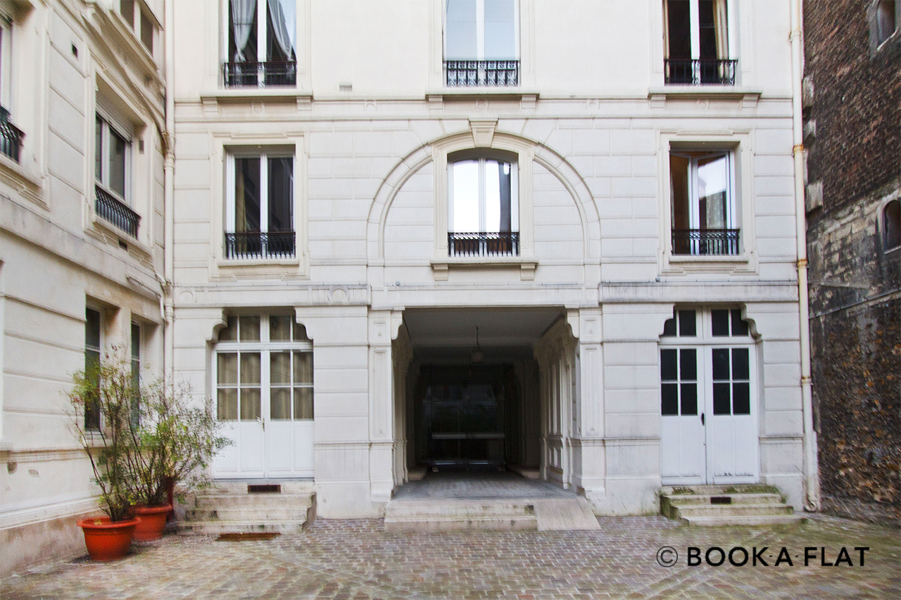 Apartment Paris Rue Jean Beausire 10