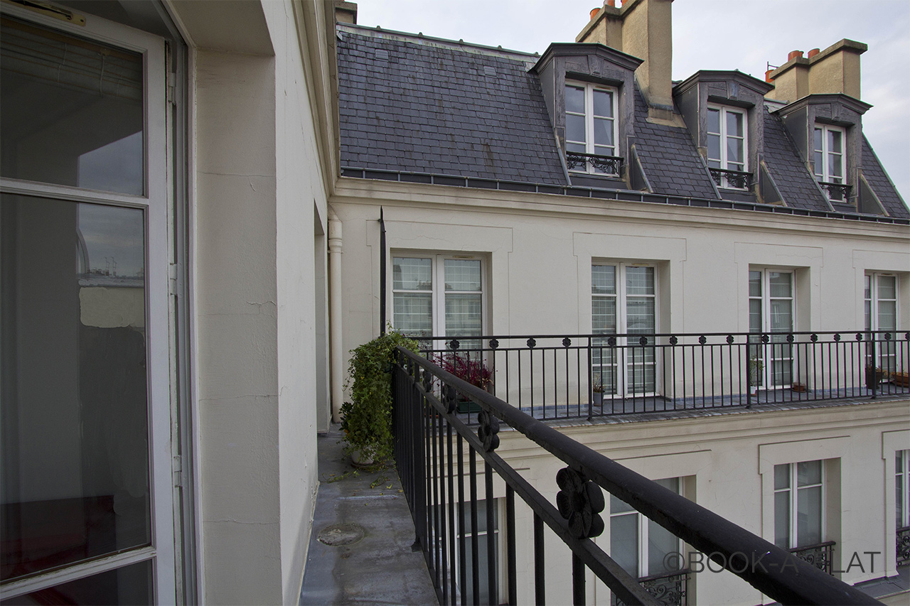 Appartement Paris Rue Pastourelle 8