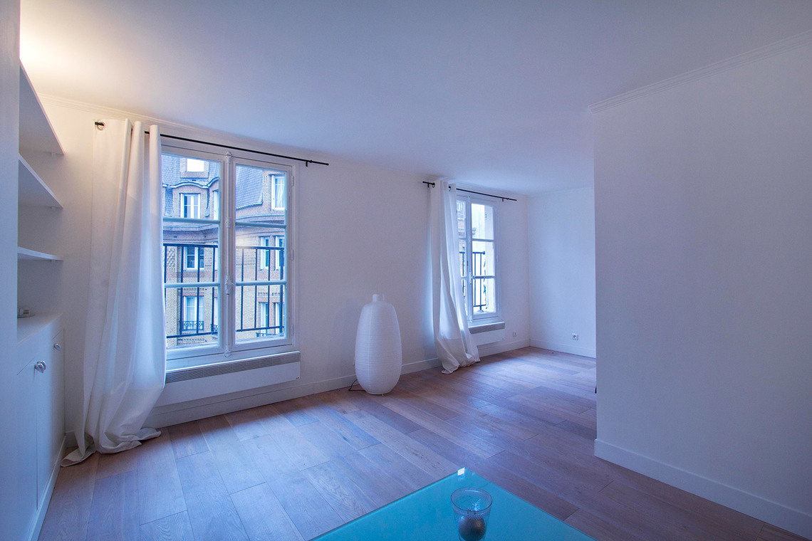 Apartment Paris Rue de Babylone 7