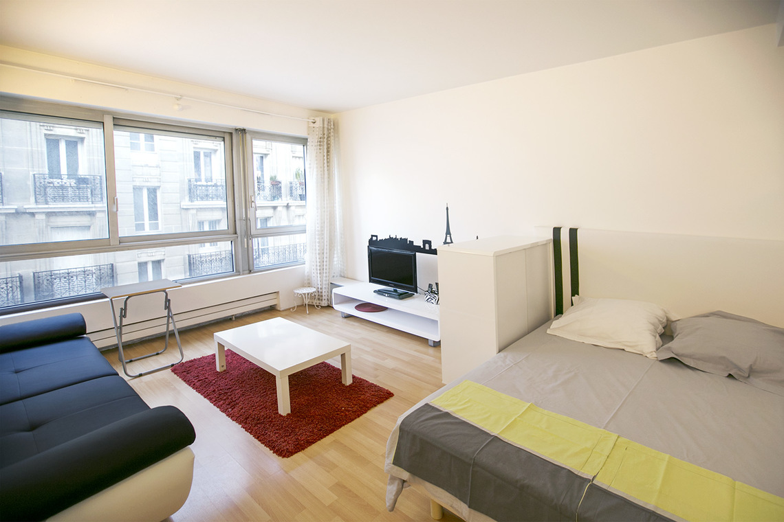 Furnished apartment for rent Paris Rue Carrier Belleuse