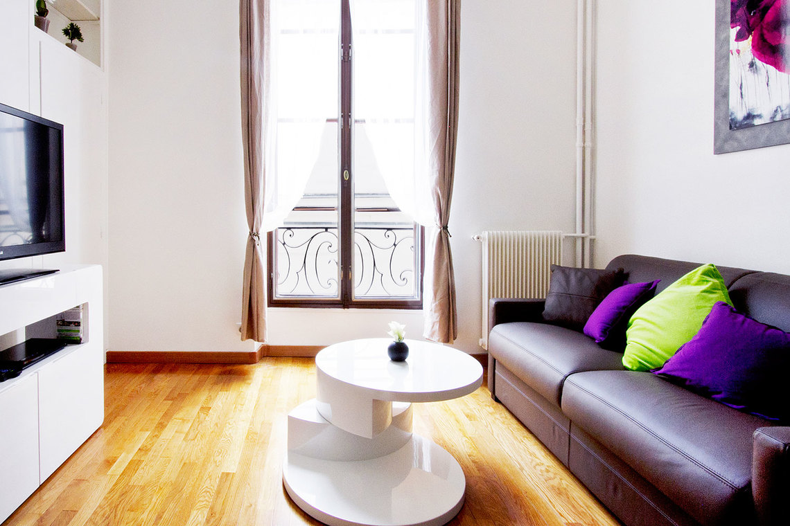 Paris Rue Aubriot Apartment for rent