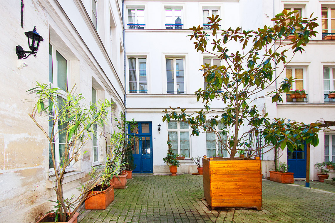 Apartment Paris Rue Charlot 10