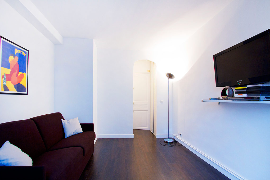 Apartment Paris Rue Erard 3
