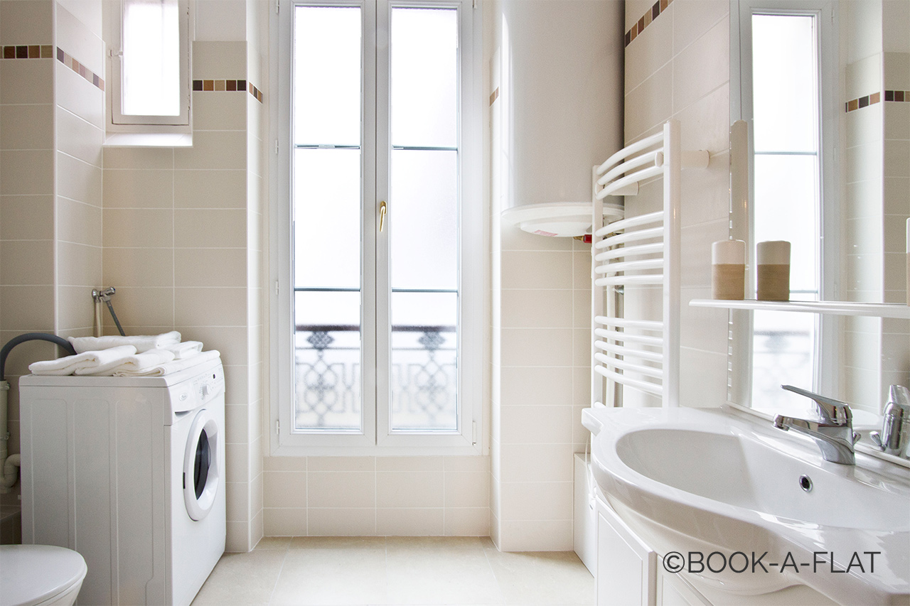 Apartment Paris Rue Brey 8
