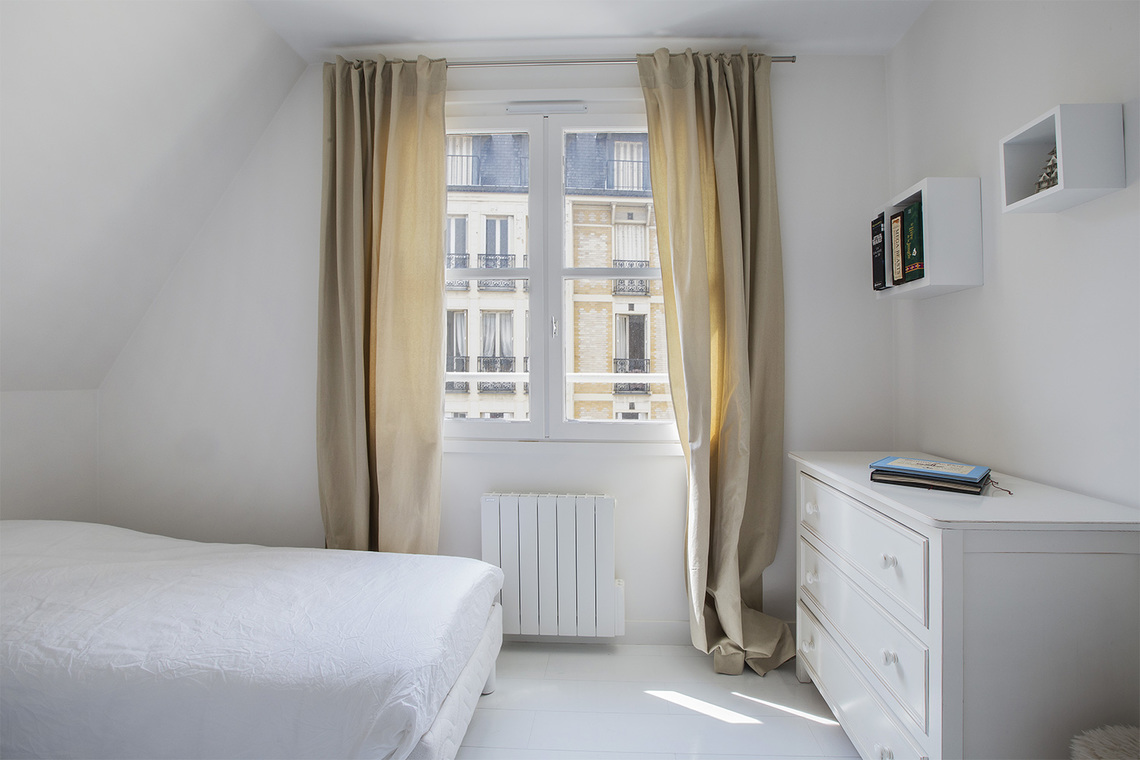 Apartment Paris Rue Villehardouin 10