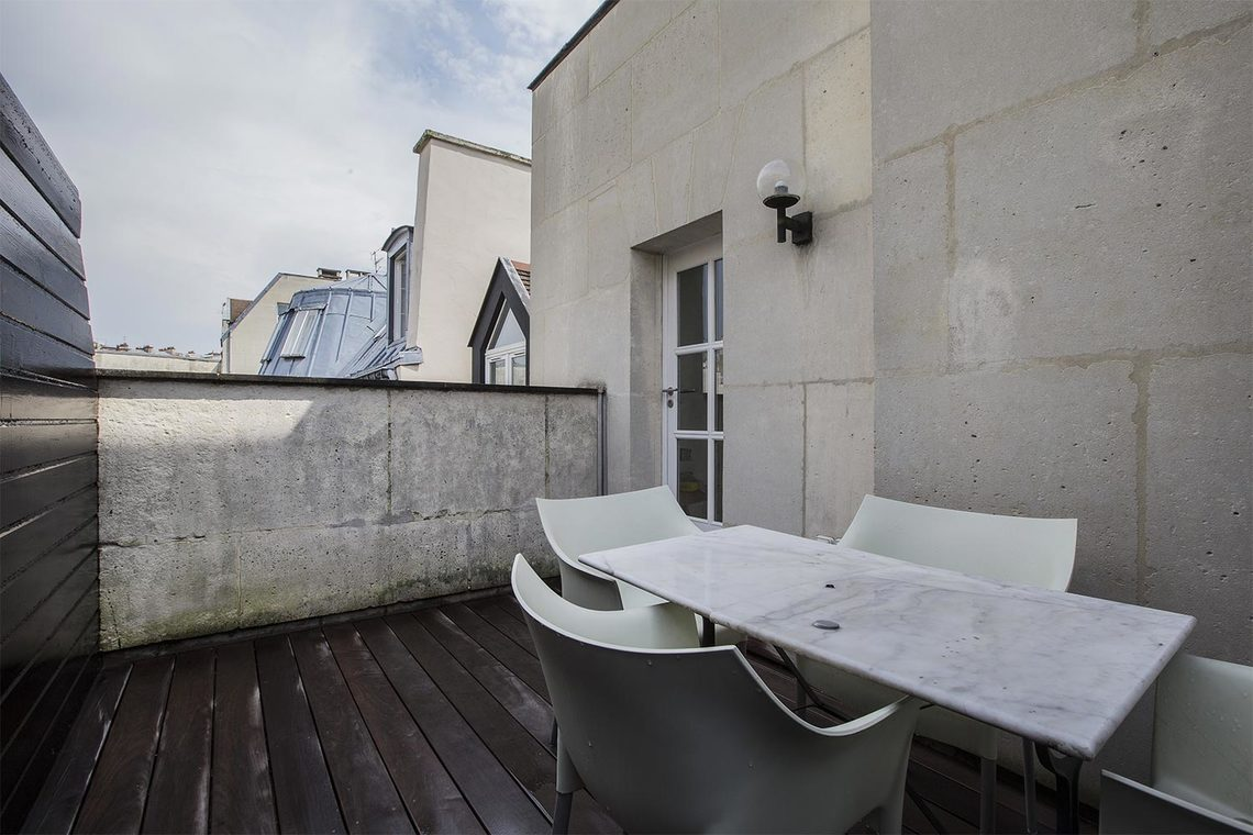 Apartment Paris Rue Villehardouin 12