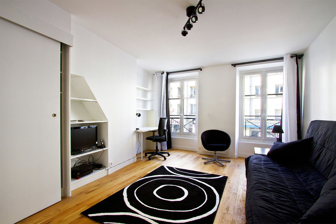 Apartment Paris Rue d'Avron 3