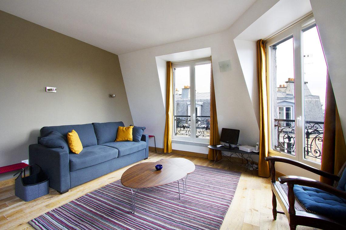 Location appartement meubl rue cavallotti paris ref 7119 for Appartement meuble paris