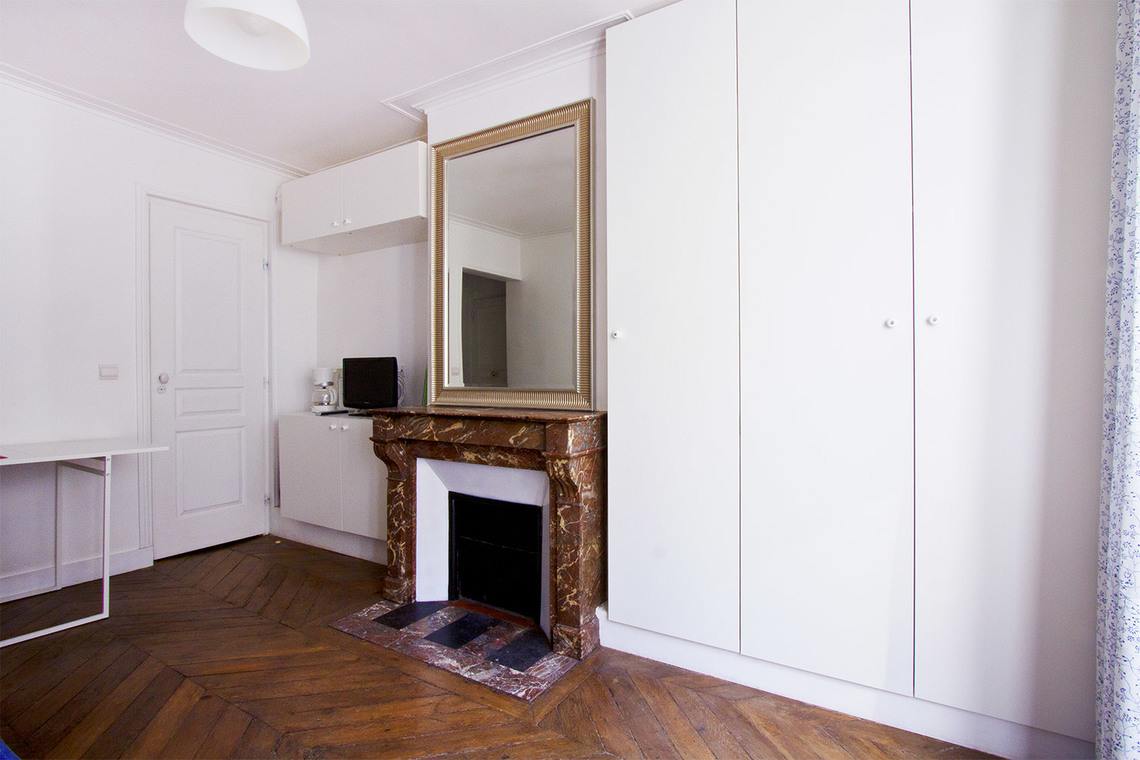 Appartement Paris Rue de Lille 4