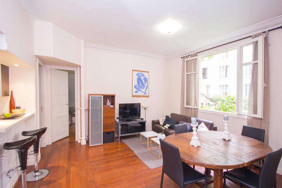 location appartement meubl square mignot paris ref 7315. Black Bedroom Furniture Sets. Home Design Ideas