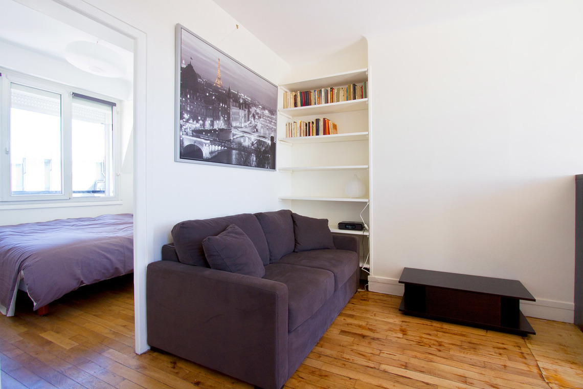 Appartement Paris Rue la Condamine 6