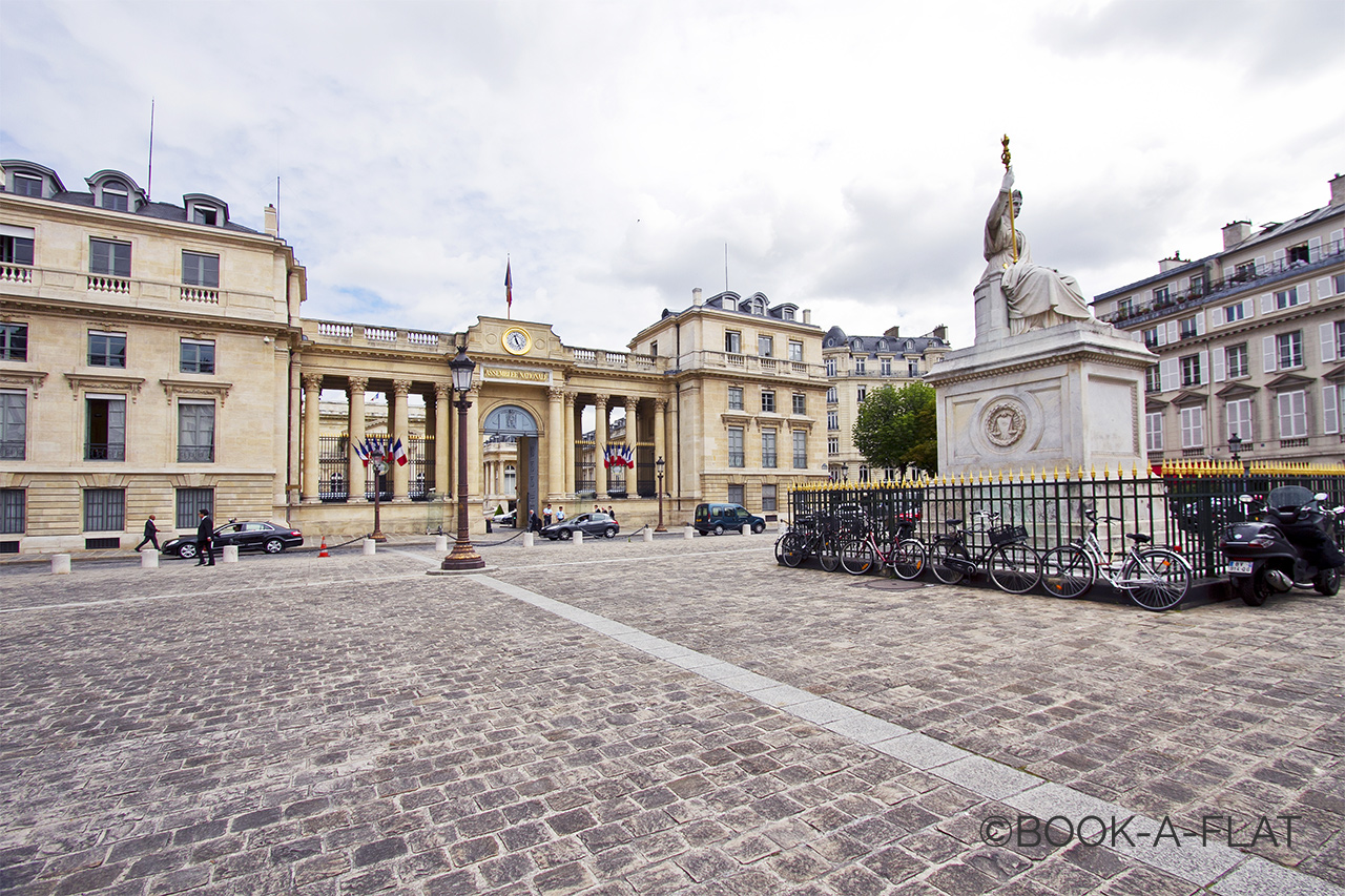 Apartment Paris Rue de Bourgogne 11