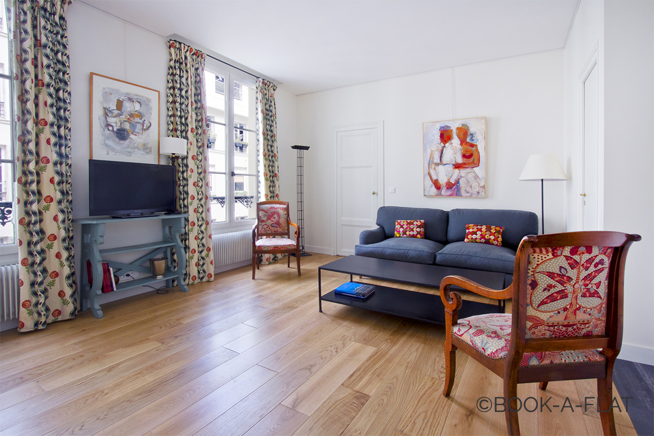 Paris Rue de Bourgogne Apartment for rent