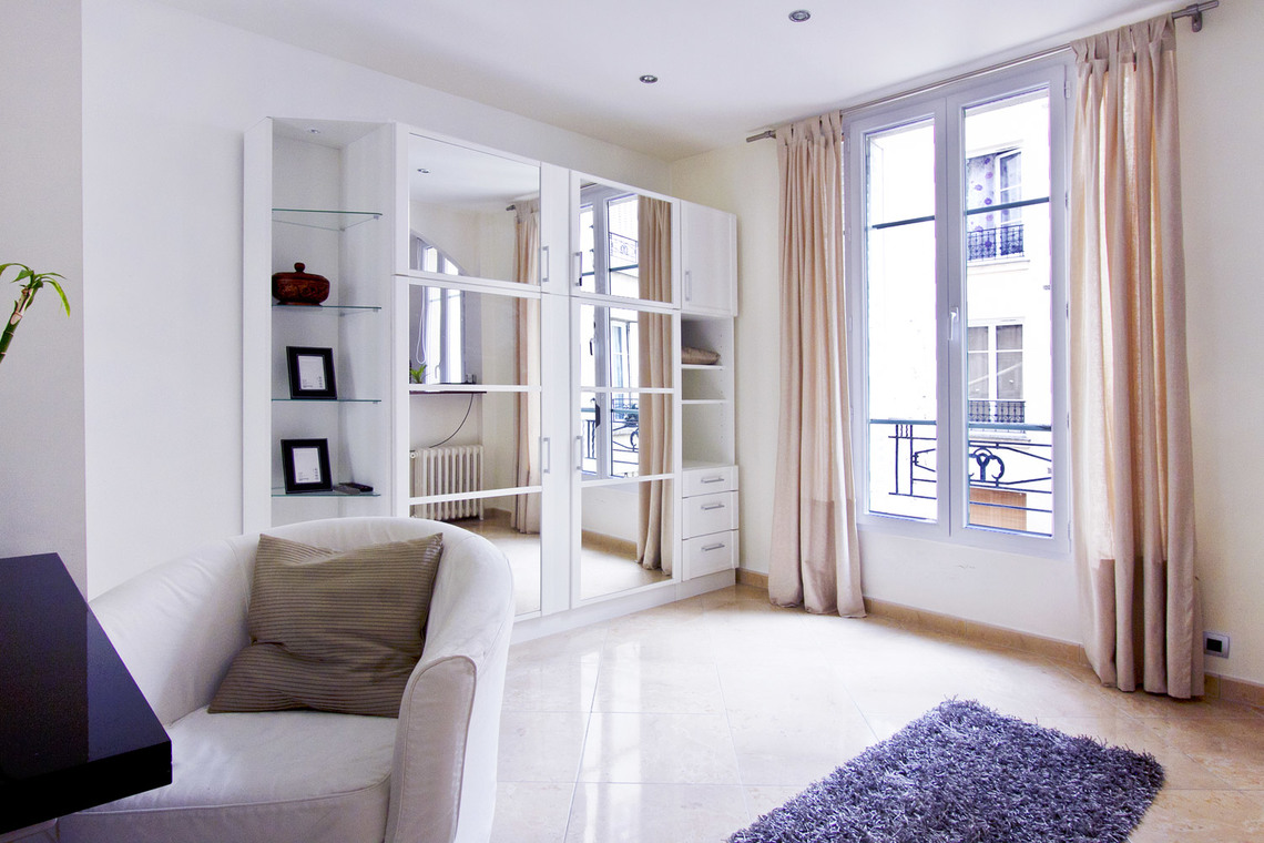 Furnished apartment for rent Paris Rue Belliard