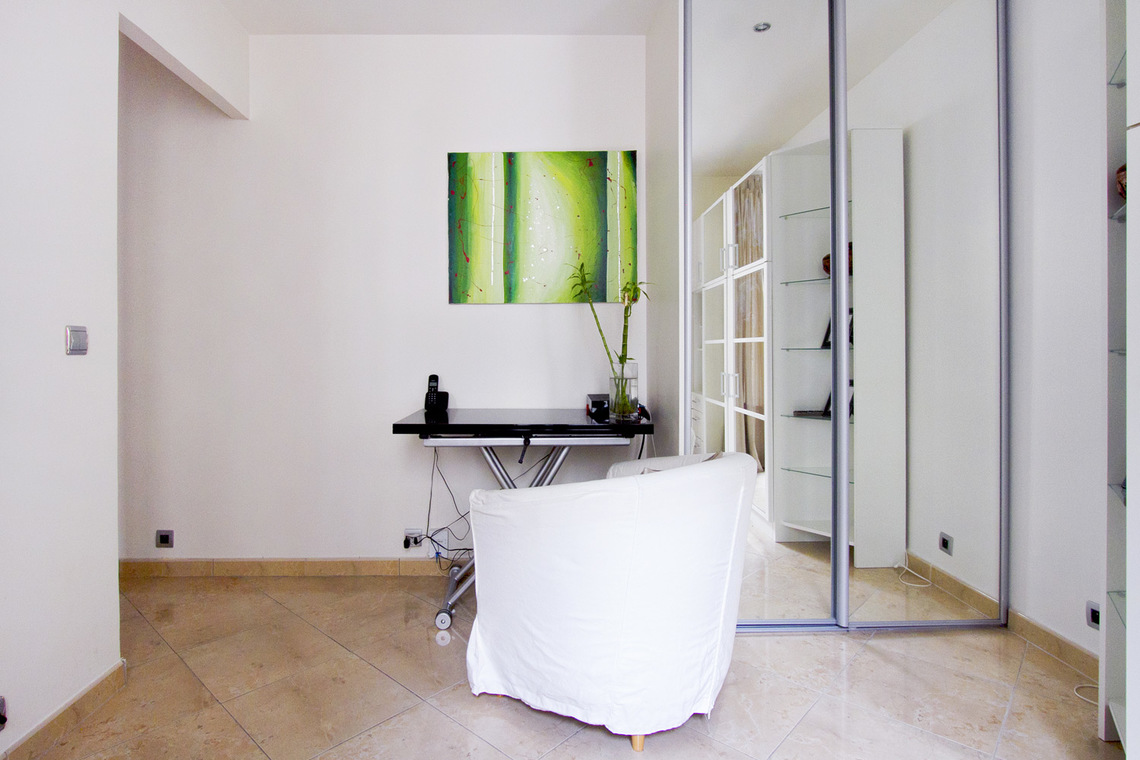 Apartment Paris Rue Belliard 2