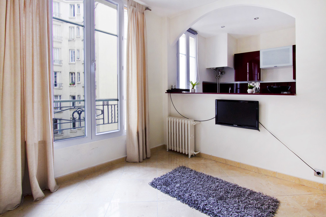 Apartment Paris Rue Belliard 4