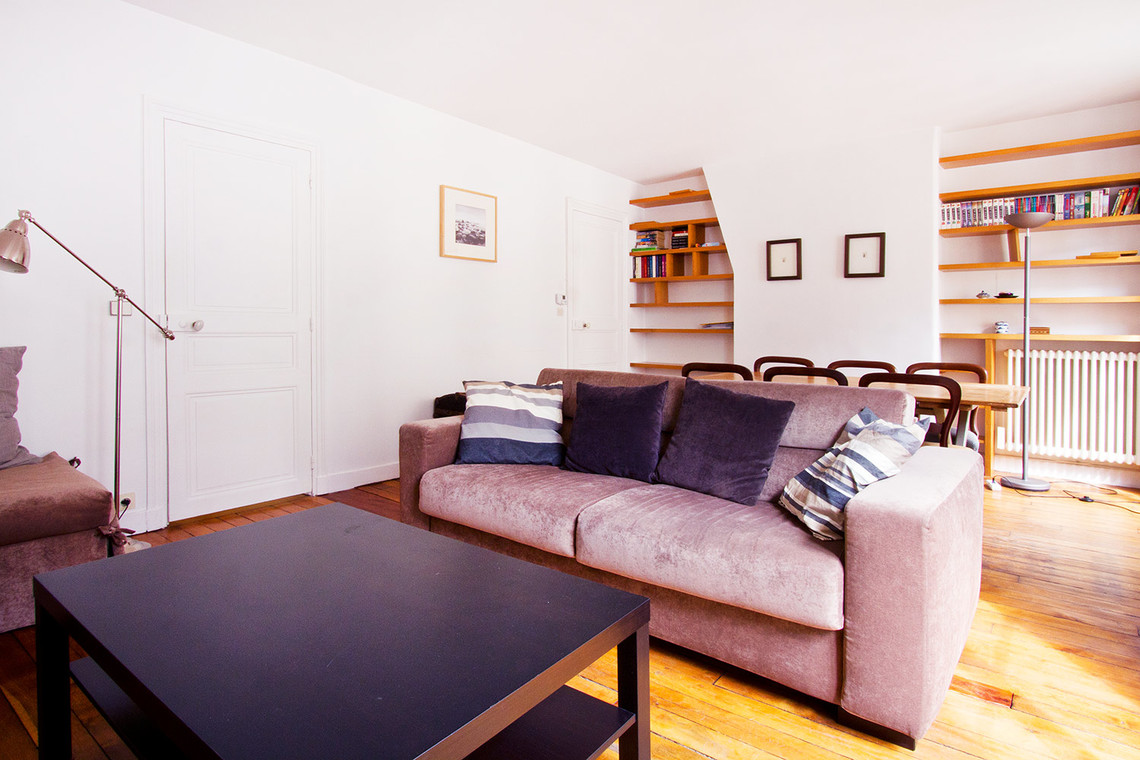Apartment Paris Rue Greneta 2