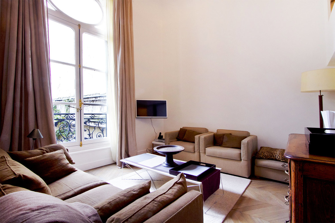 Apartment Paris Rue de Monceau 2