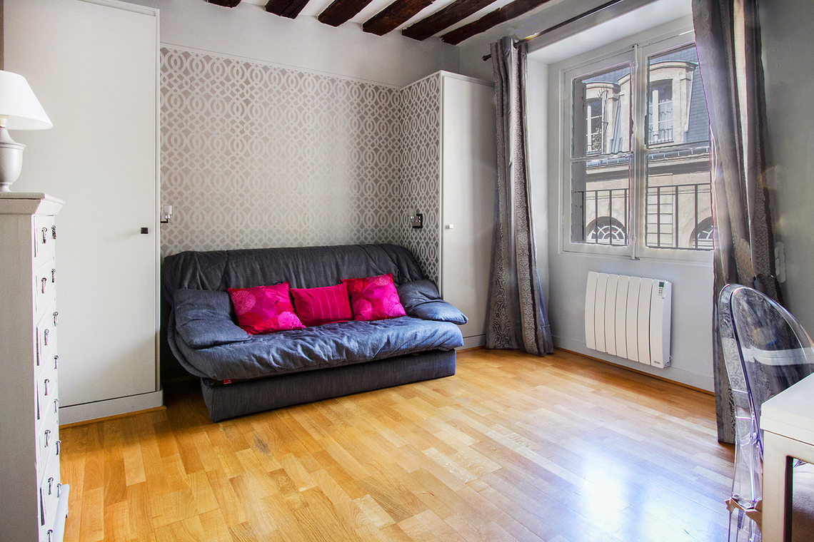 Furnished apartment for rent Paris Rue des Bourdonnais