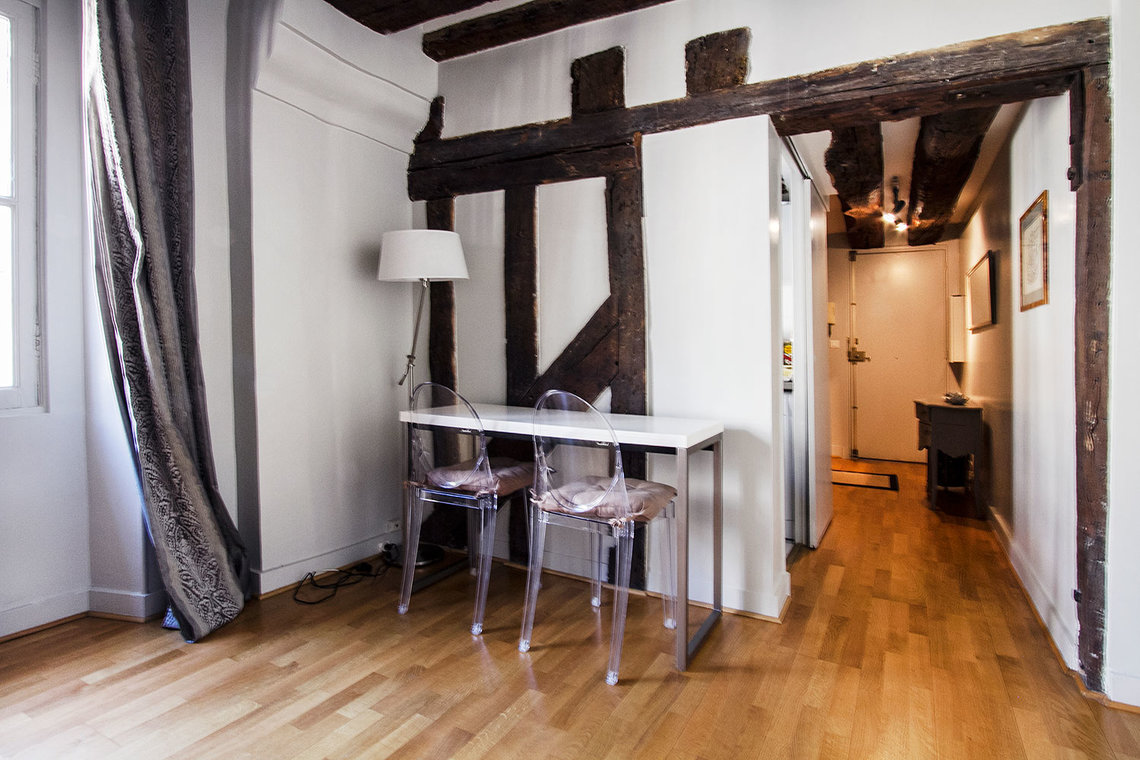 Apartment Paris Rue des Bourdonnais 6