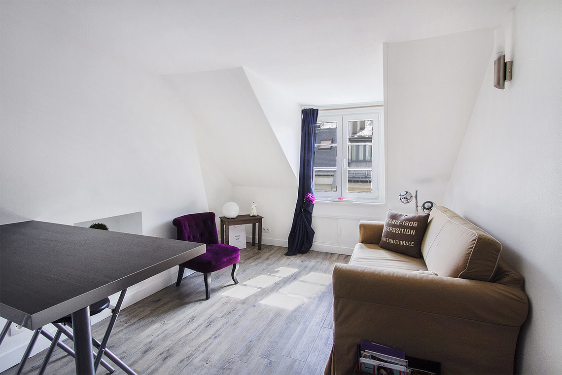 Apartment Paris Rue de Caumartin 2