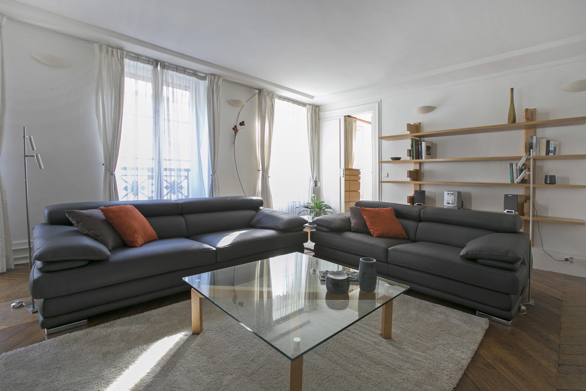 Paris Rue Saint Roch Apartment for rent