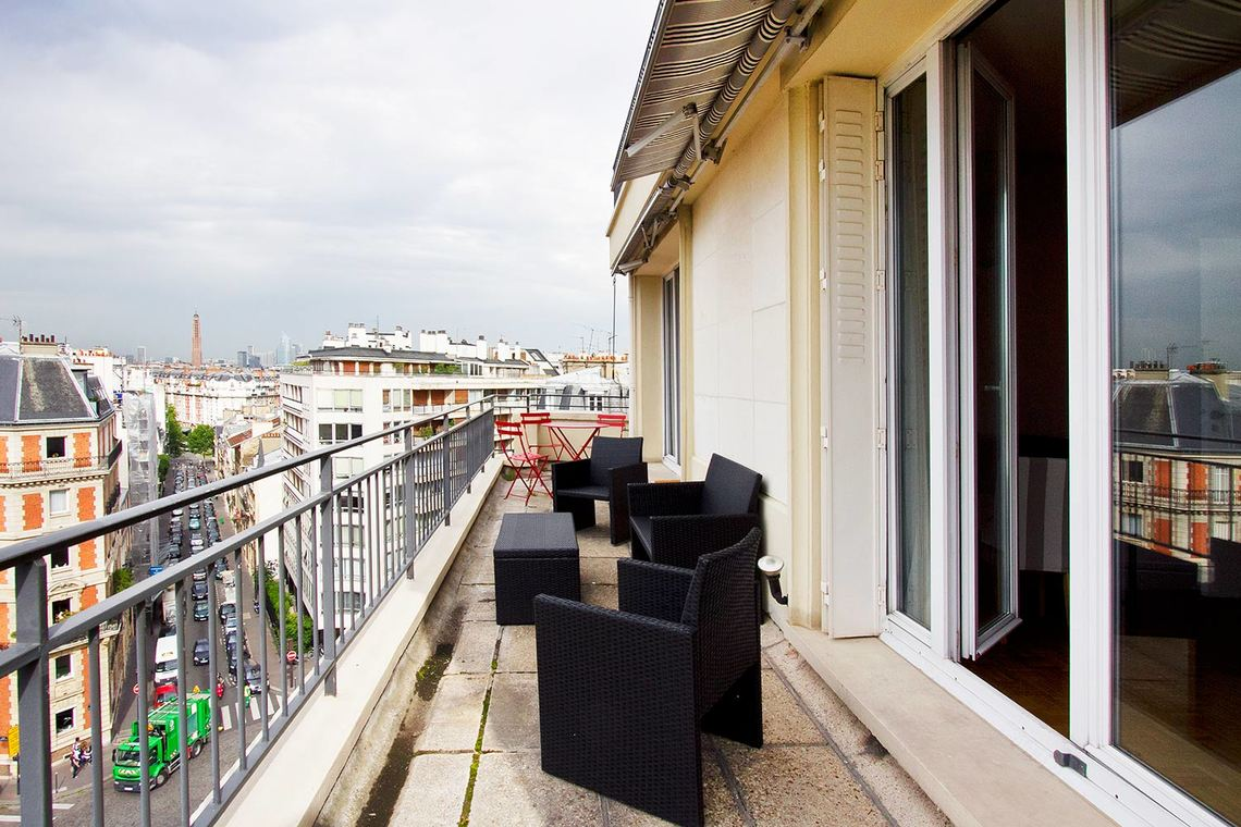 Квартира Paris Rue Philibert Delorme 11