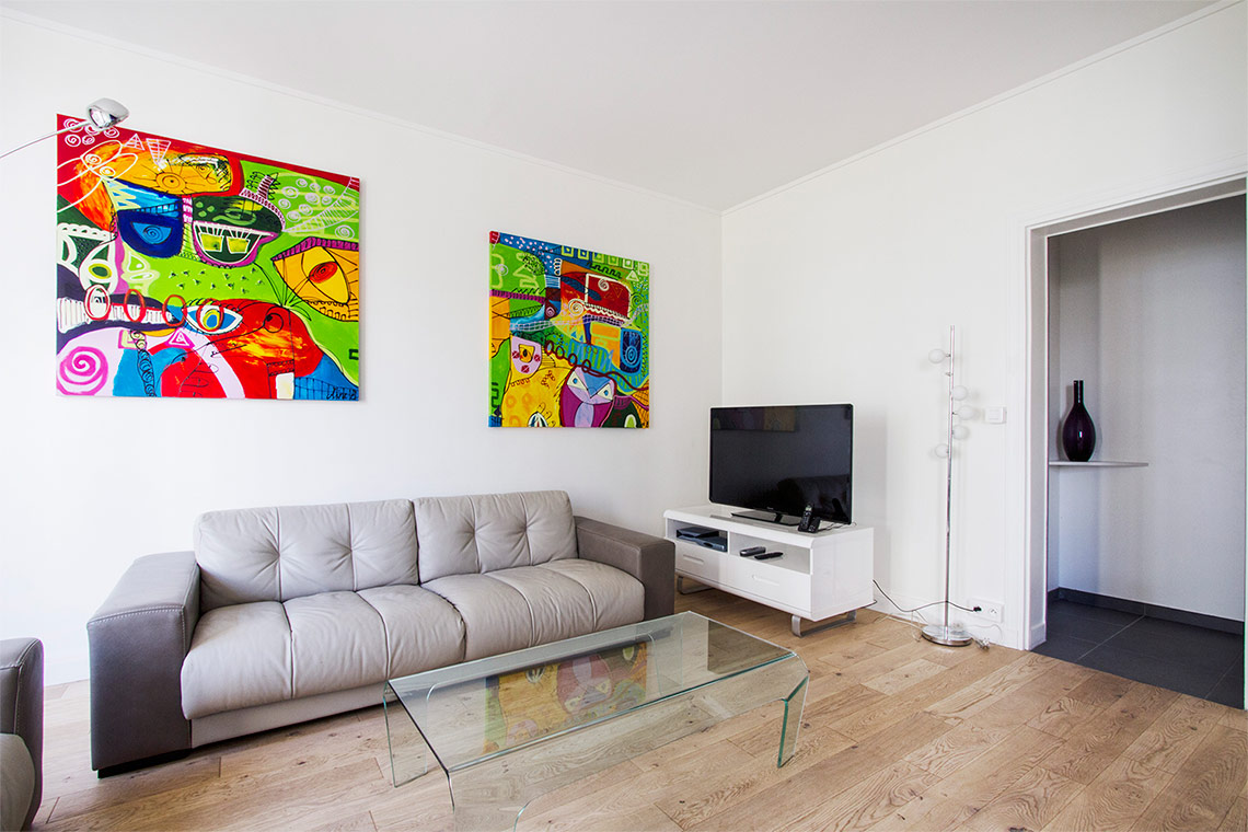 Paris Avenue de Versailles Apartment for rent