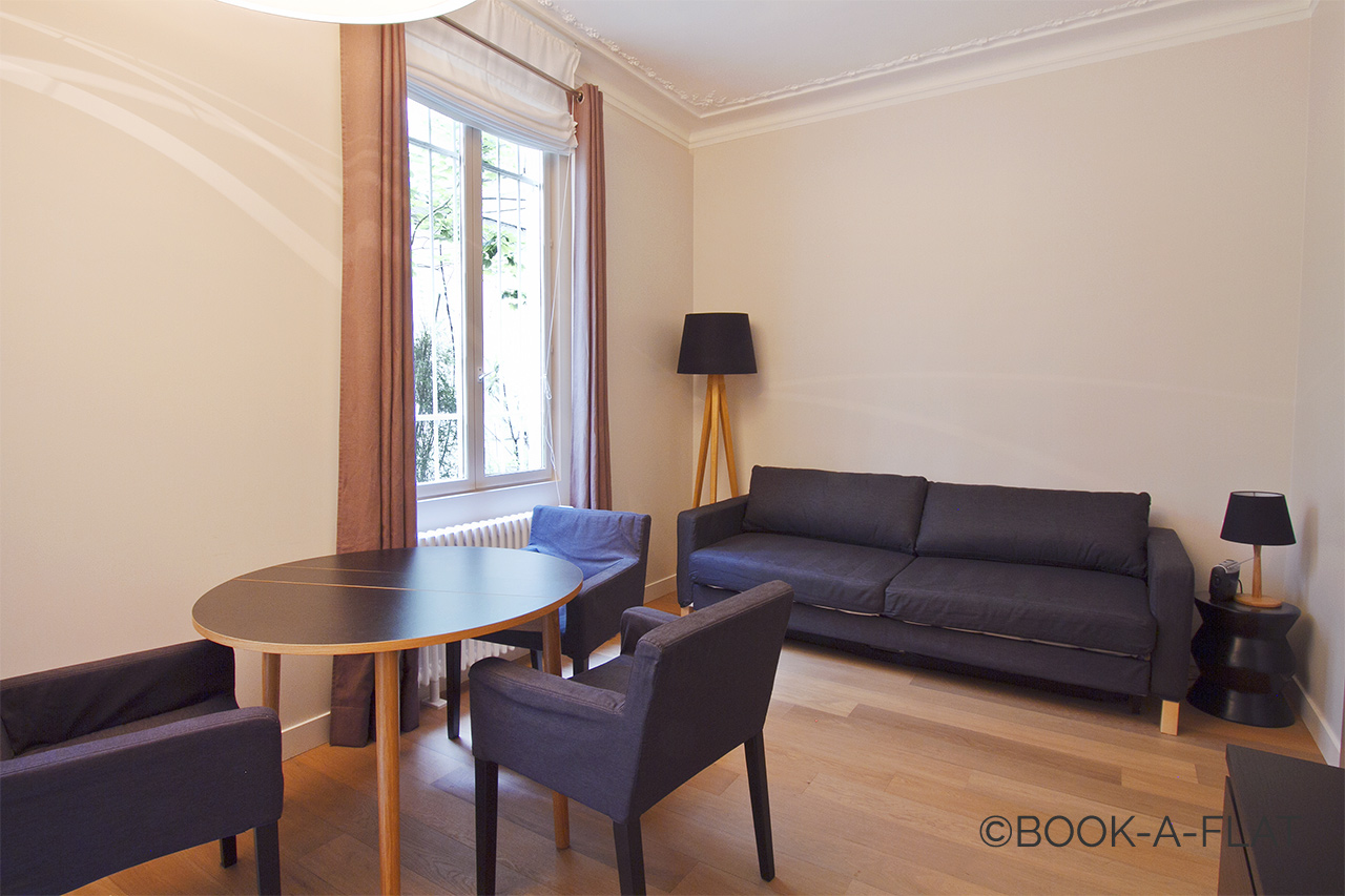 Apartment Paris Fourcroy 1