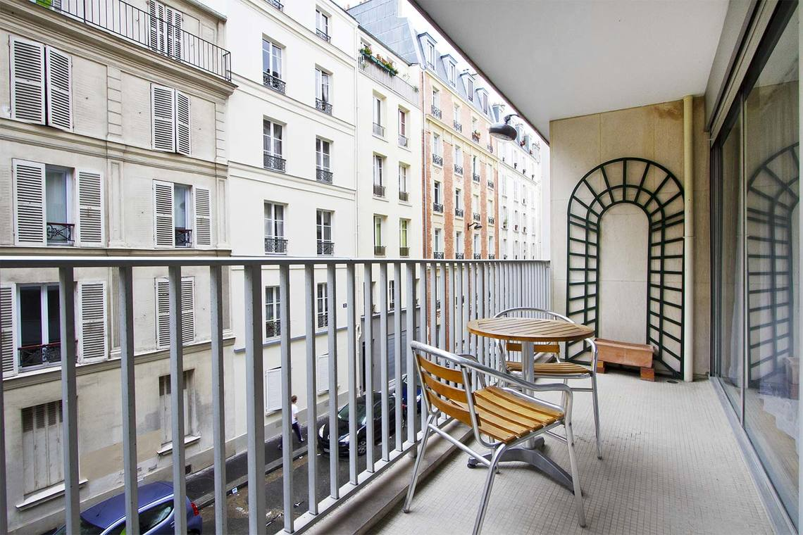 Apartment Paris Rue Duvivier 9