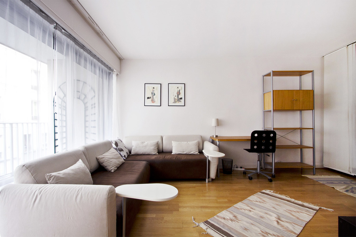 Paris Rue Duvivier Apartment for rent