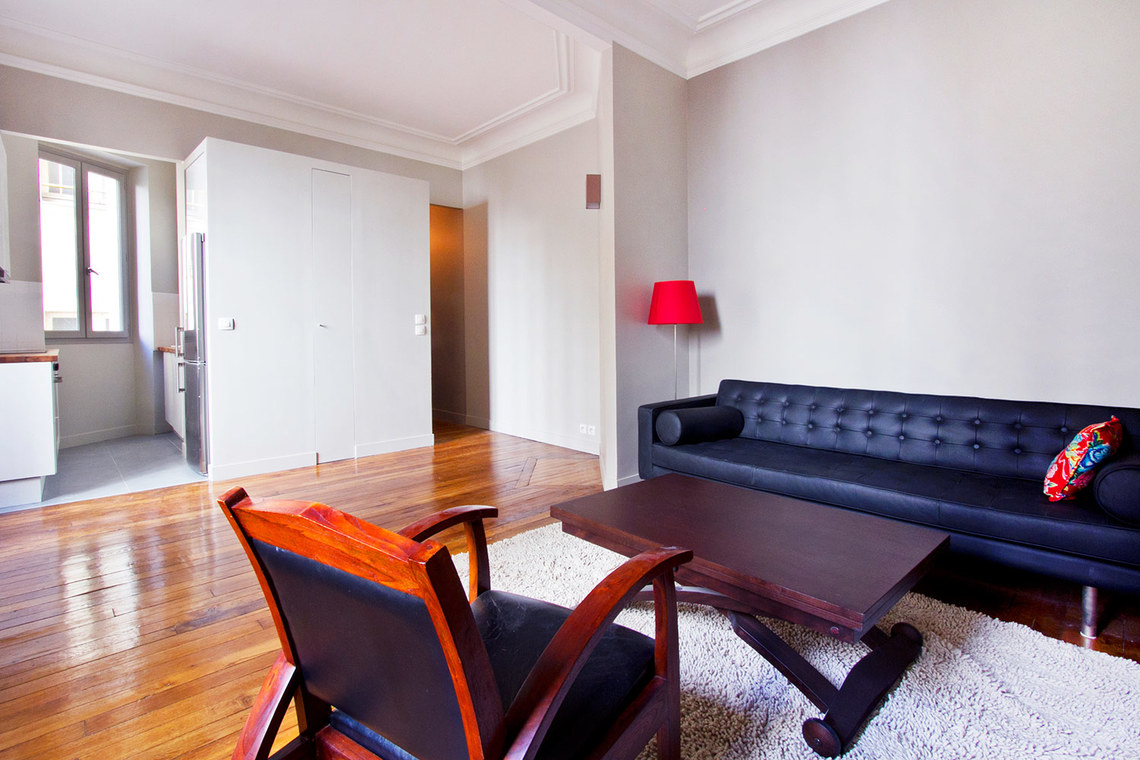Apartment Paris Rue Mansart 2