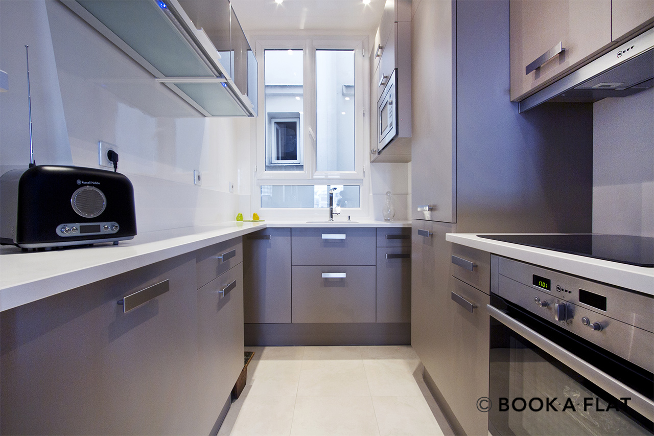 Appartement Paris Place Gambetta 6