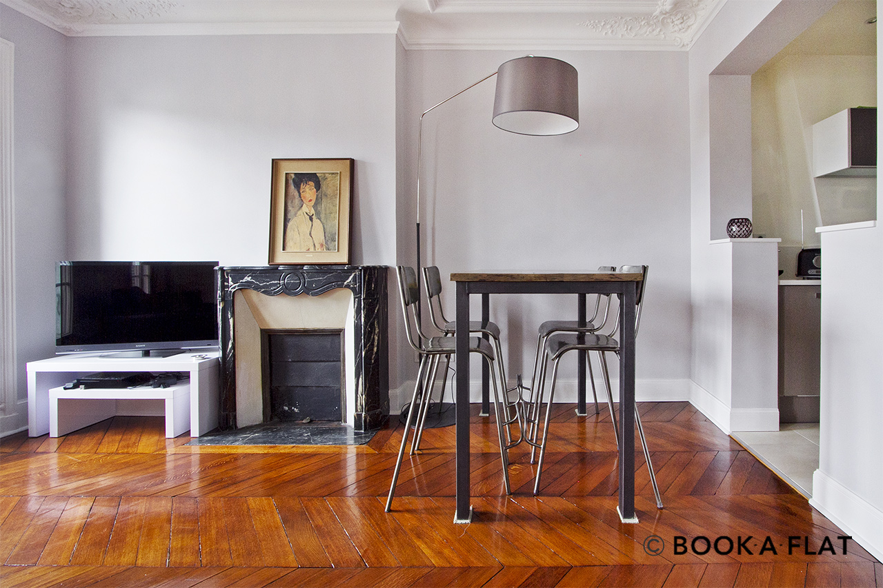 Appartement Paris Place Gambetta 3
