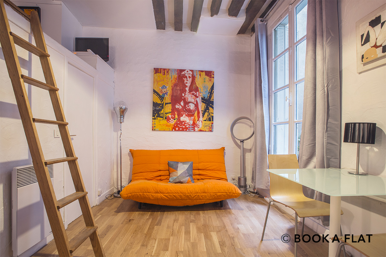 Apartment Paris Rue de Buci 3