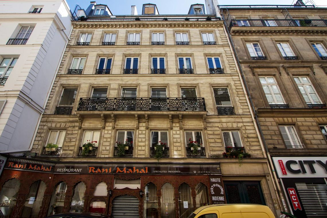 Apartment Paris Rue Saint Augustin 11