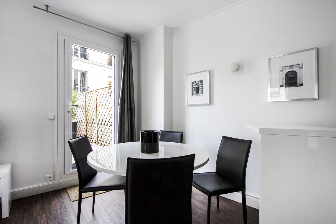 Apartment Paris Rue Joseph Sansboeuf (3T) 5