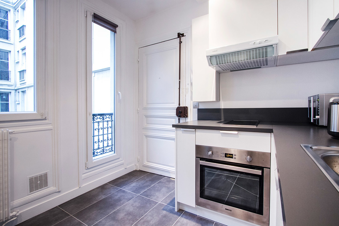 Apartment Paris Rue Gauthey 6